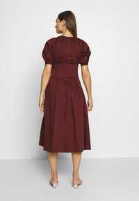 Who What Wear - WAIST DETAIL MIDI DRESS - Day dress - red - 2