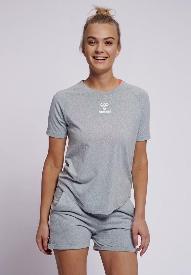 PEYTON  - Print T-shirt - quarry