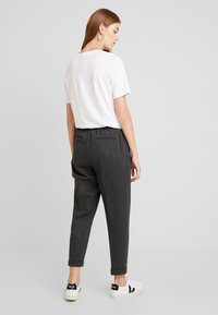 Benetton - CIGARETTE PANT - Trousers - grey - 2