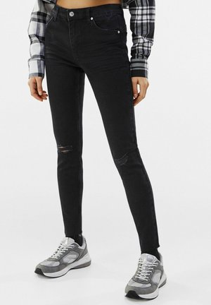 LOW WAIST PUSH UP - Jeans Skinny Fit - black