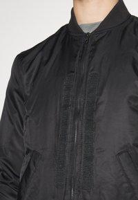 Be Edgy - BEROCKY 2-IN-1 - Waistcoat - black - 7