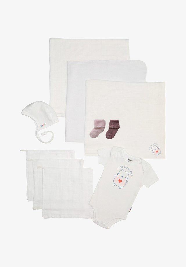 SET LOVE - Baby gifts - weiß
