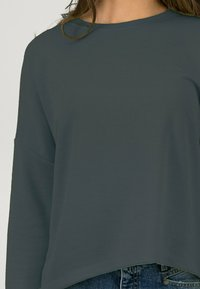 one more story - SOFT  - Blouse - puritan grey - 3