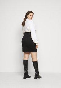 Vero Moda Curve - VMCAVA SKIRT - Mini skirt - black - 2