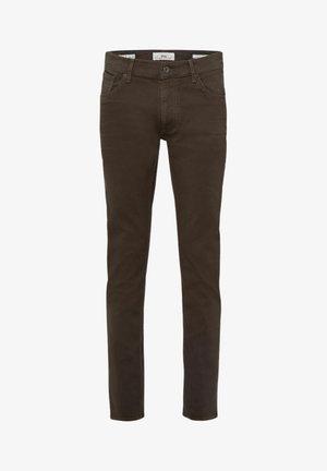 STYLE CHUCK - Jeans slim fit - khaki
