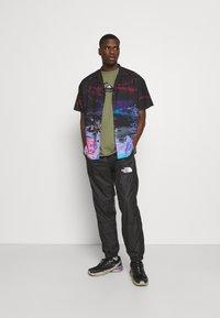 Quiksilver - COMP LOGO - Print T-shirt - four leaf clover - 1