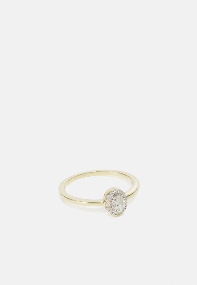 9KT YELLOW GOLD 0.26CT CERTIFIED DIAMOND HALO RING - Ringe - gold