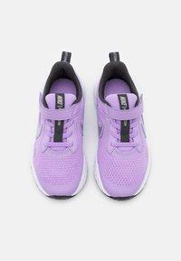 Nike Performance - REVOLUTION 5 UNISEX - Neutral running shoes - lilac/metallic silver/dark smoke grey/white - 3