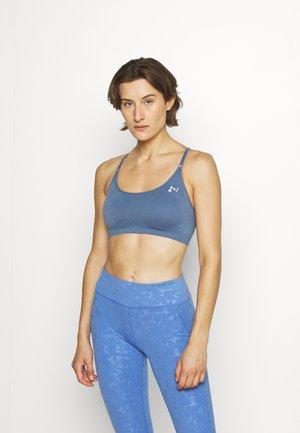 ONPLEA SEAMLESS BRA OPUS - Medium support sports bra - bijou blue