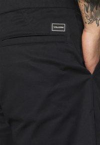 Volcom - FRICKIN SKATE EW SHORT 18 - Shorts - black - 3