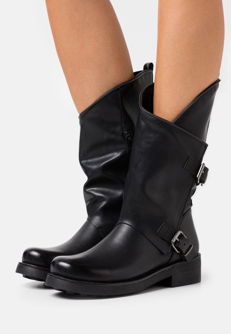 Tata Italia - Kowbojki i obuwie motocyklowe - black