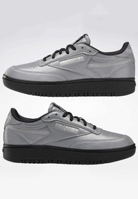 Reebok Classic - CLUB C DOUBLE - Trainers - silver - 3