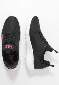 EA7 Emporio Armani - NEON - Sneakersy niskie - black / neon pink - 3