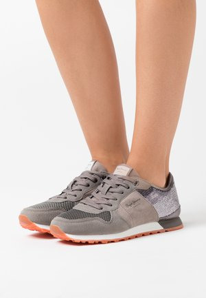 VERONA WET - Trainers - middle grey