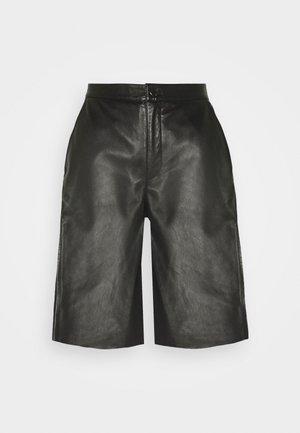 RILIA - Shorts - black