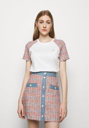 TWEEDY - Print T-shirt - ecru