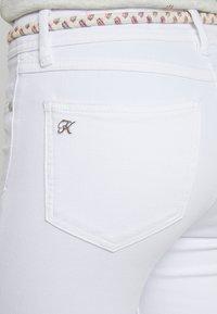 Kaporal - POWER - Slim fit jeans - white denim - 5