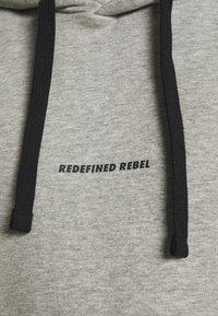 Redefined Rebel - ALFRED - Mikina skapucí - light grey melange - 5