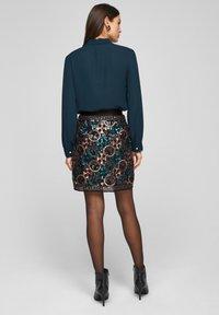 s.Oliver BLACK LABEL - A-line skirt - black aop - 2