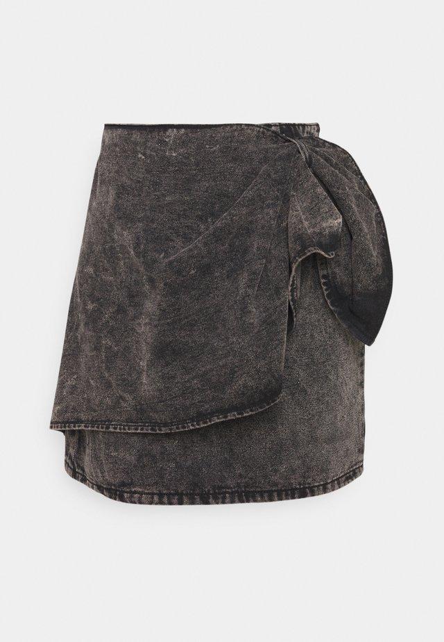 BOW WRAP SKIRT - Jupe en jean - black