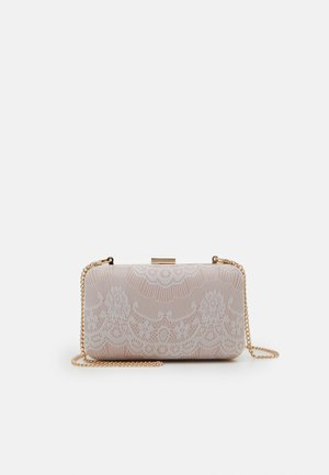 Clutches - blush