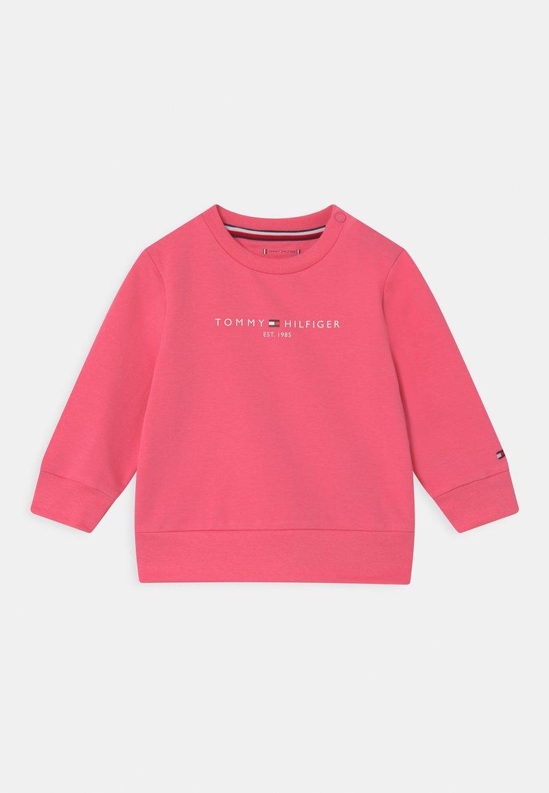 Tommy Hilfiger - ESSENTIAL UNISEX - Sweatshirts - exotic pink