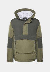 Winter jacket - medium olive/black
