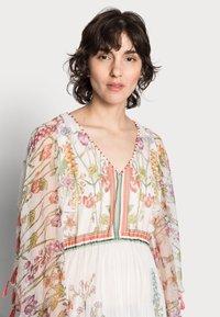 Derhy - SIENNE DRESS - Długa sukienka - off white - 3