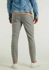 CHASIN' - Trousers - light grey - 1