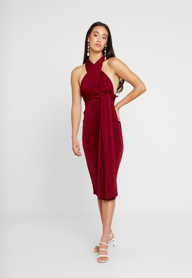 SLINKY MULTIWAY MIDI DRESS - Trikoomekko - dark red