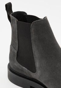 G-Star - VACUM CHELSEA - Classic ankle boots - shadow - 5