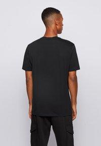 BOSS - Print T-shirt - black - 2