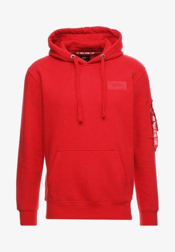BACK PRINT HOODY - Luvtröja - speed red