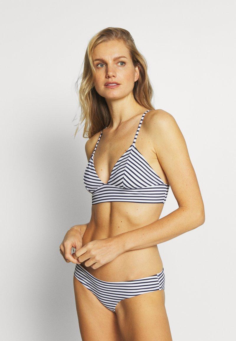 ONLY - ONLHOLLY SET - Bikini - bright white