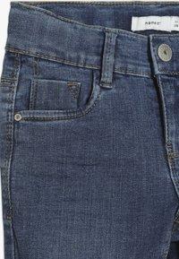 Name it - NKFPOLLY DNMTEJA ANCLE PANT - Slim fit jeans - medium blue denim - 4