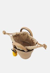 See by Chloé - CECILIA SMALL TOTE - Handbag - coconut brown - 7