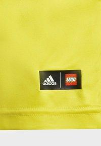 adidas Performance - T-shirt imprimé - yellow - 4