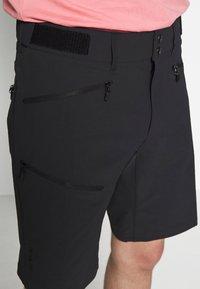 Norrøna - FALKETIND FLEX SHORTS - Outdoor shorts - caviar - 3