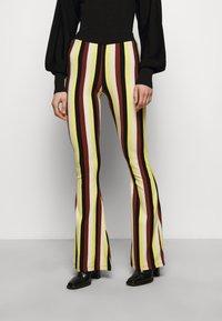 Stieglitz - BINDI FLARED - Trousers - chai - 0
