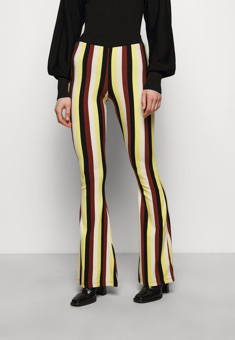 Stieglitz - BINDI FLARED - Trousers - chai