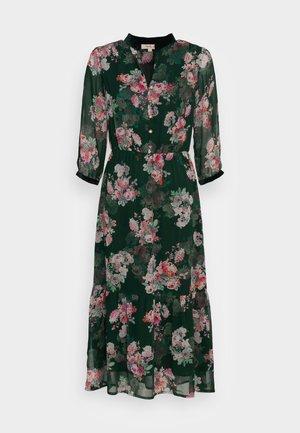 TENDRESSE - Shirt dress - vert