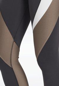 Reebok - LUX SPEEDWICK LEGGINGS - Collant - black - 6