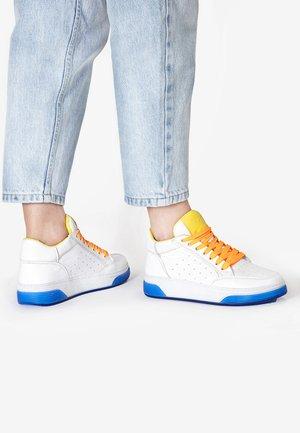 Sneakersy niskie - yellow-neon pink ynp
