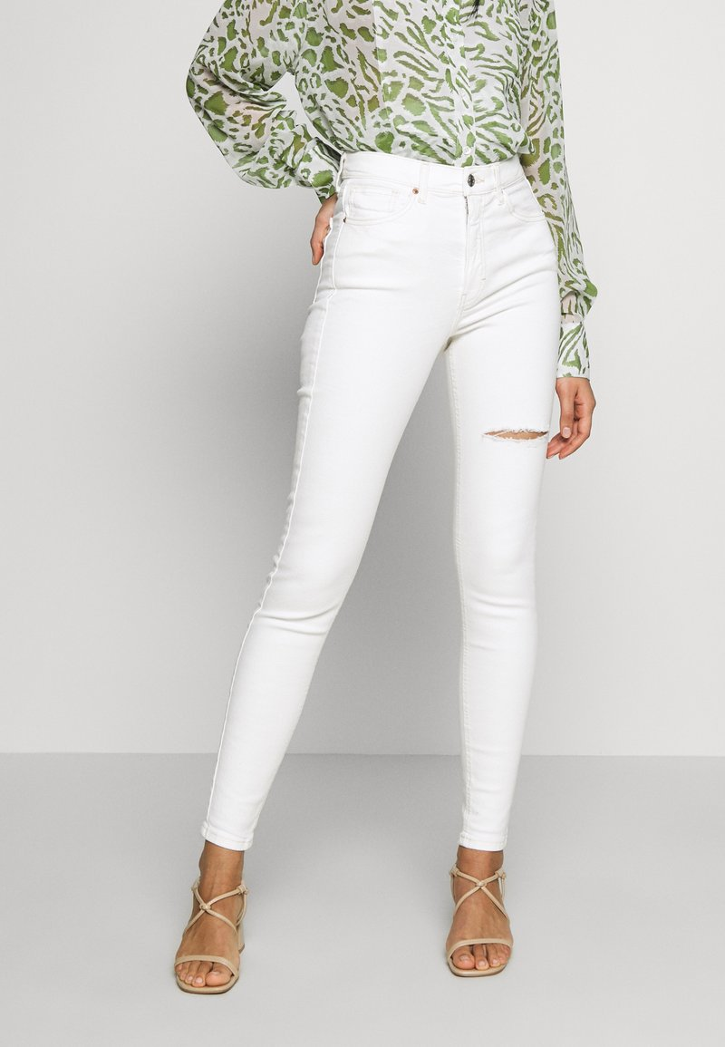 Topshop - THIGH RIP JAMIE  - Jeans Skinny Fit - white