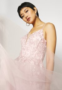 Luxuar Fashion - Vestido de fiesta - pink light - 6