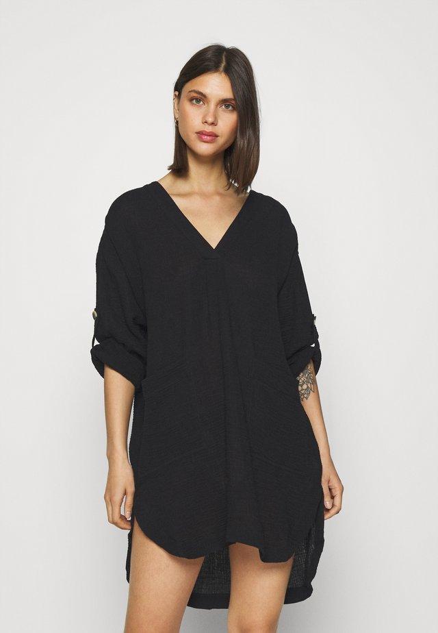 ESSENTIAL - Vestido informal - black