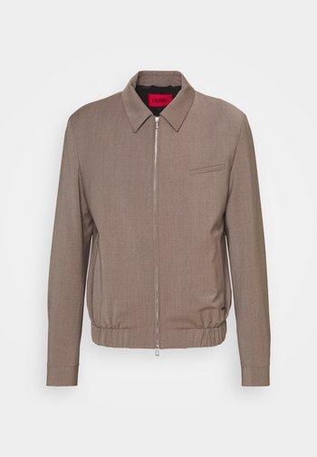 HELLIS - Summer jacket - light/pastel brown