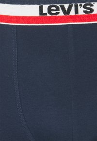 Levi's® - LOGO BOXER BRIEF 3 PACK - Underkläder - white/blue/red - 5