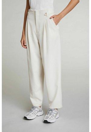 Trousers - whitecap gray