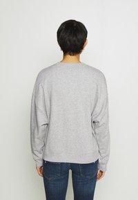 GAP - OMBRE - Sweatshirt - light heather grey - 2